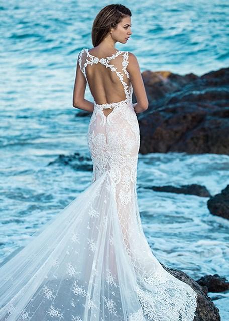Wedding gowns for the Colorado bride | Danelle\'s Bridal Boutique